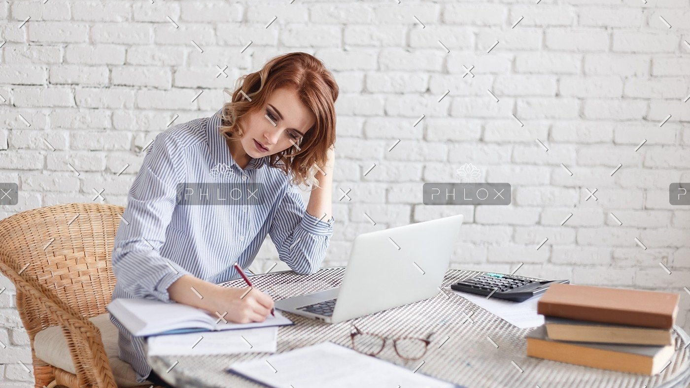 demo-attachment-135-woman-freelancer-female-hands-with-pen-writing-on-P369BAX1